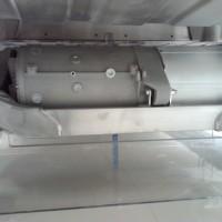 Tesla Model S motore elettrico e inverter posteriore